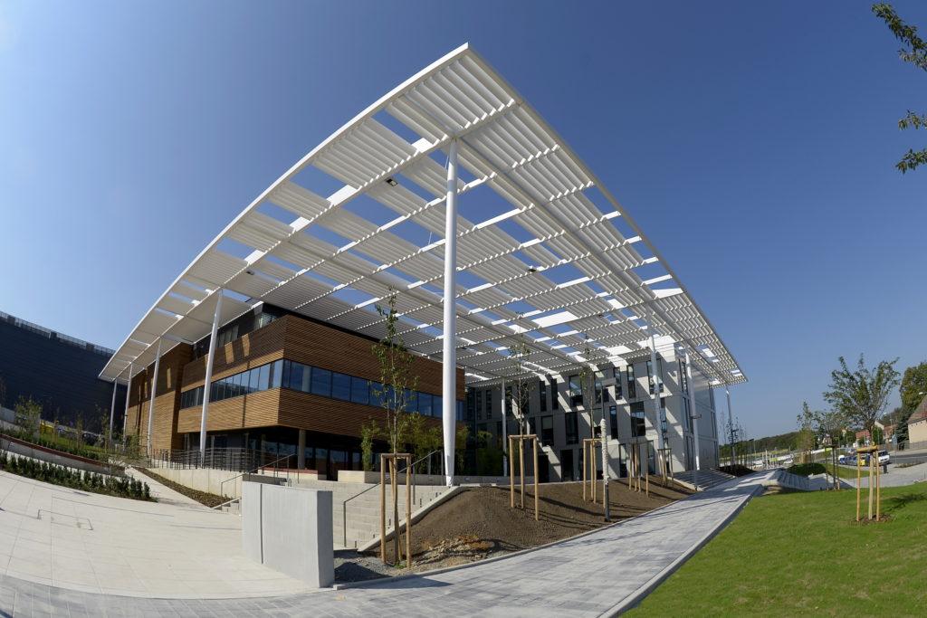Location Amp Architecture Eli Beamlines Laserov 233 Centrum